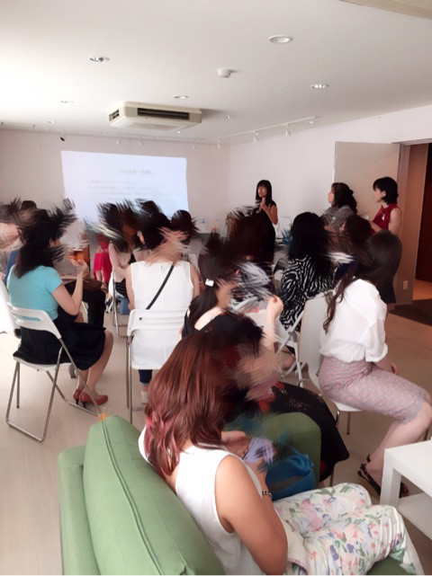 Traditional Japanese Matchmaker hosted the Coaching Seminer for Japanese Women